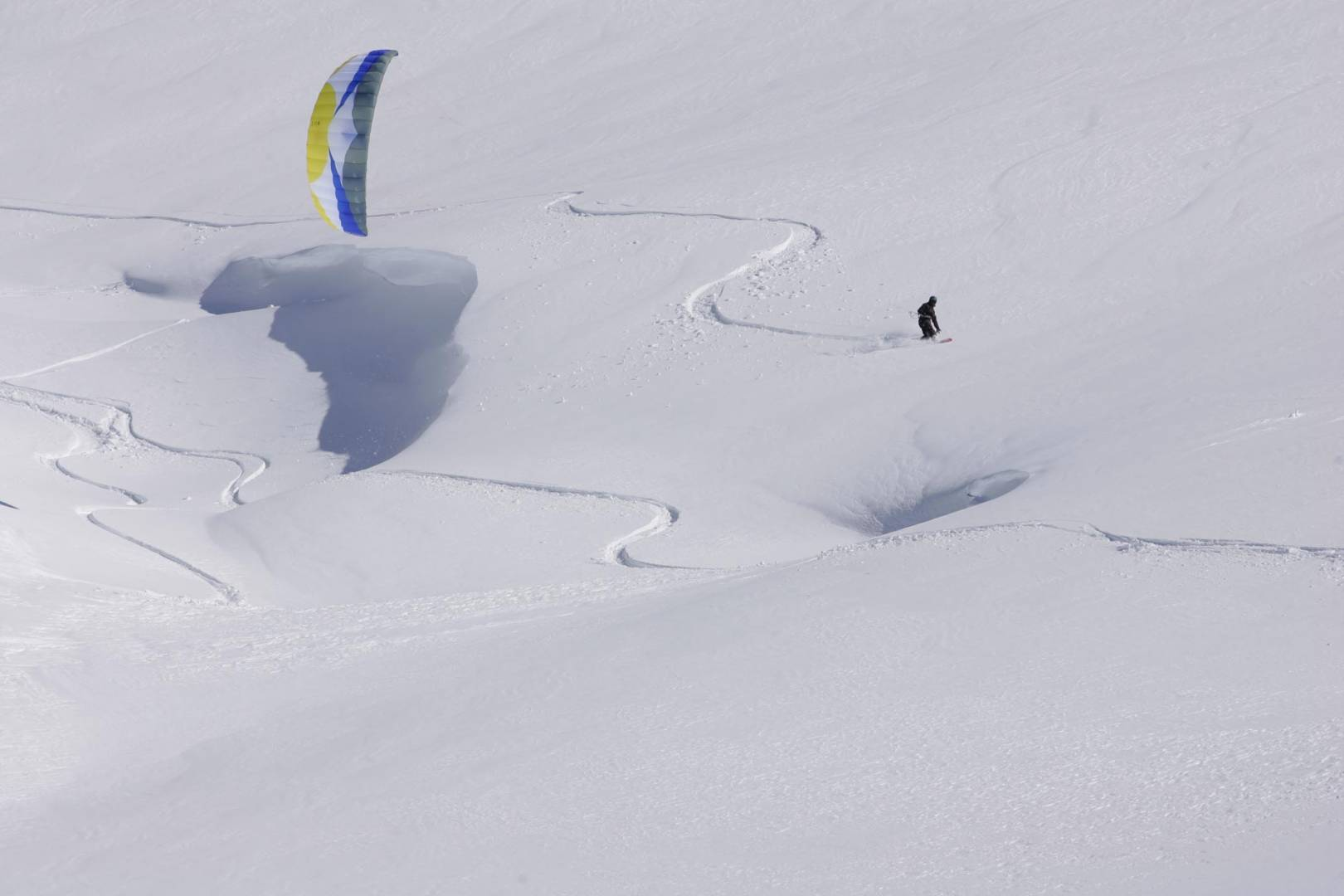 snow kite la thuile (by pietro celesia)